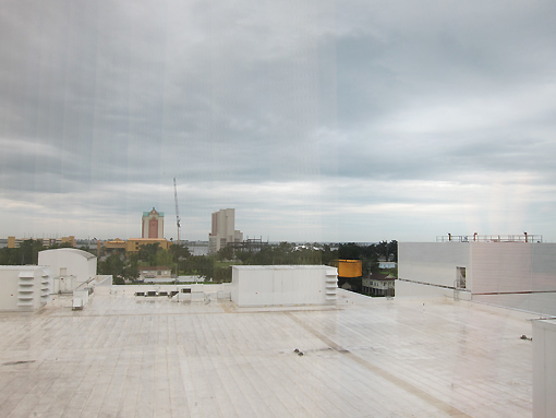 If you look really far at the horizon (over the garage roof!) you can barely see the gulf.