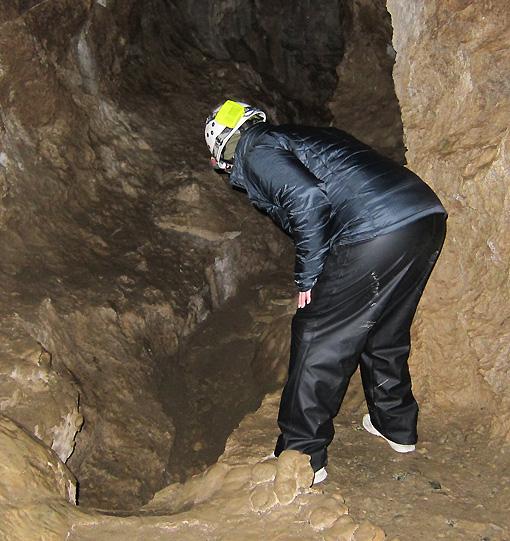 A 40 ft drop - be careful