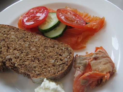 smoked salmon, tomatoes, cucumbers