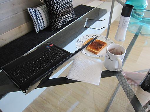 Tea, toast and blog