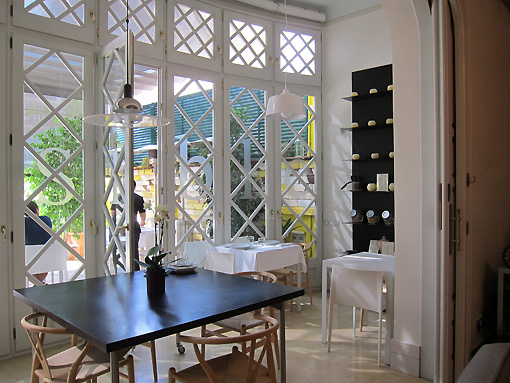 doors to the terrace